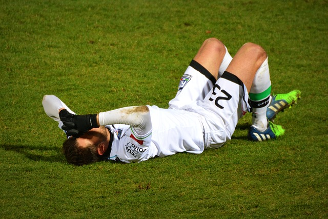 Football injury to be treated by Pro Chiro, chiropractor in surrey